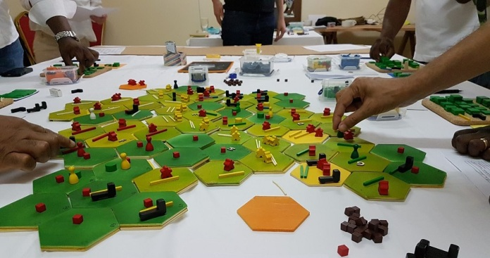 Learning to tackle wicked problems through games - example game by Claude Garcia